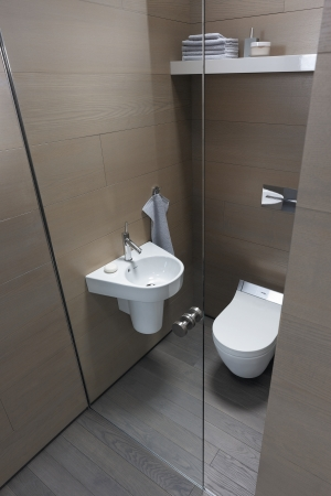 duravit bathroom design series starck 2 washbasins toilets bidets and urinals from duravit. Black Bedroom Furniture Sets. Home Design Ideas